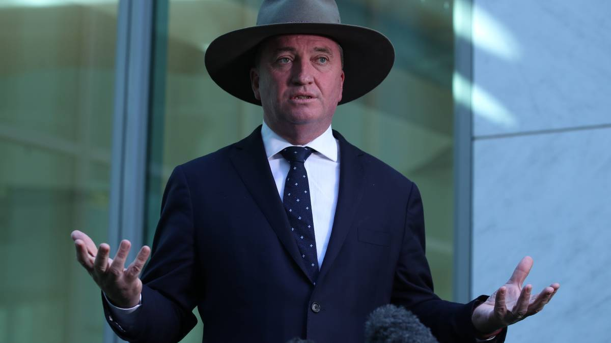 STEP UP: Former agriculture minister Barnaby Joyce calls on the state governments to do more to help drought-stricken farmers.